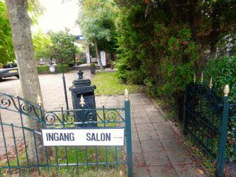 Ingang salon